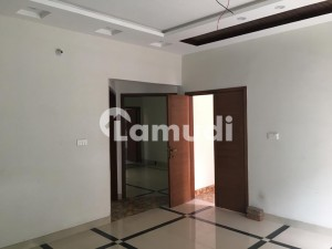10 Marla Upper Portion Available For Rent In Walton Road