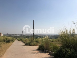 10 Marla Plot Is Available For Sale