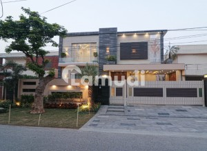 1 Kanal Brand New Fully Basement Mazhar Munir Design Bungalow For Sale