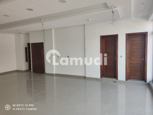 4 Marla Stunning Brand New First Floor For Rent in Phase 1 DHA