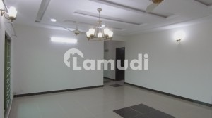 Brand New 3 Bed Flat For Rent Askari 10 Lahore