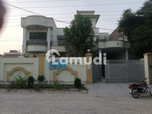 House Is Available For Sale In Darya Khan Road