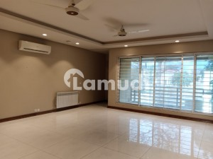 Like Brand New 2 Beds Luxury Ground Portion For Rent In F8