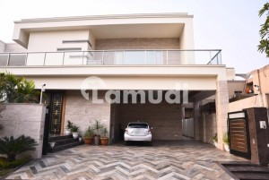 Newly Constructed Triple Storey House Is Available For Sale
