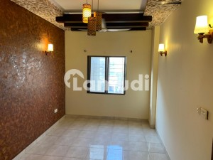 Ideally Located Building Of 1675  Square Feet Is Available For Sale In Karachi