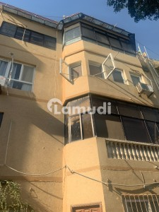 Jeason Luxury 3 Bedroom Fully Renovated Ground Floor Apartment