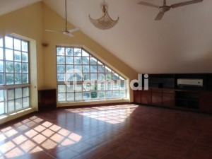 E7 5 bedroom house for rent