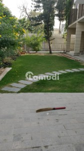 Dha Phase 6 1000 Yard Brand New Bungalow Nice Location Rent