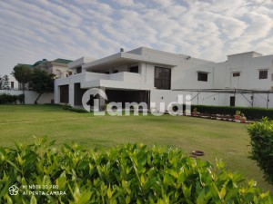 6 Bedroom Furnished Bungalow For Rent