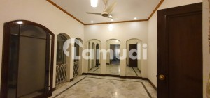 10 Marla Full House Beautiful Location Are Available For Rent In Phase 3