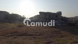 1 Kanal Plot For Sale In Phase 3 Front Open Boulevard Solid Land