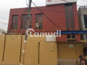 1 Kanal Building Is Available For Rent For School College University