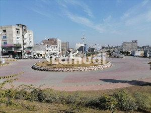 Plot Is Available For Sale Main Boulevard 3