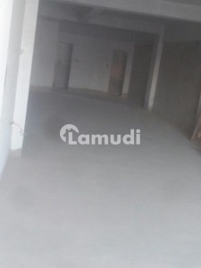 Building Is Available For Sale In Latifabad
