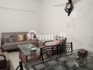 900  Square Feet Flat Is Available In Rashid Minhas Road
