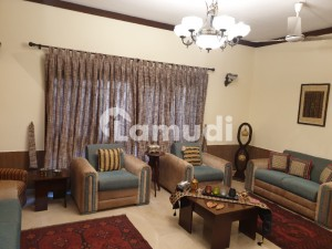 Dha Phase 4 300 Sq Yards Bungalow For Sale