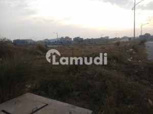 E113 NPF  ST 32 Residential Plot For Sale SIZE 50 90  MURREE FACE NEAR Main Double Road  In the most beautiful Street of E11