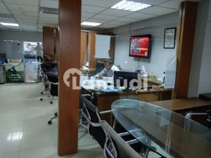 Commercial Show Room For Rent