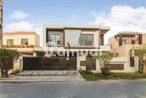 Solid Construction Beautiful Designer 1 Kanal Brand New Bungalow For Sale