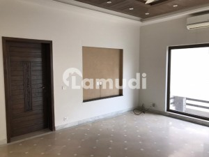 Slightly Used One Kanal Bungalow For Sale In Low Price Of Dha
