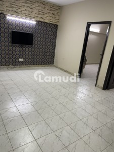 Rahat Commercial 2 Bed Dd 950 sqft 2nd Floor Tile Flooring Available For Sale