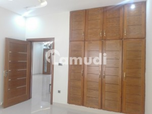 House Of 2800 Square Feet For Rent In Media Town