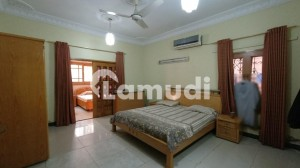 1000 Yards House For Sale