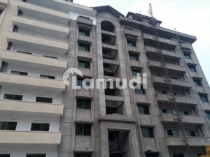 2nd Floor 3 Bed Apartment For Rent