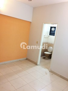 4 Bedrooms Apartment For Rent