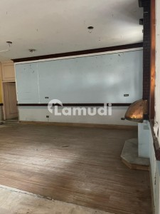 Gulberg 4.1 Kanal Commercial Paid House For Rent