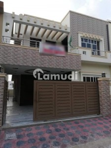 5 Bedroom Attach Washroom One Servant Room Attach Washroom 8 Marla House Size 30x60 Available For Rent G13
