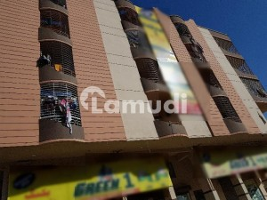 Ideally Located Flat Of 500  Square Feet Is Available For Sale In Karachi