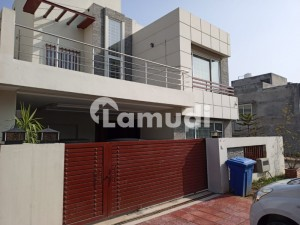 10 Marla House  Villa  For Sale In Main Boulevard I Block Gulberg Residencia