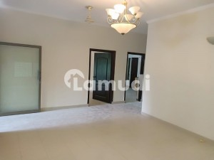 10 Marla 3 Bedrooms House For Rent Located At Main Boulevard In Sector E Askari X Lahore