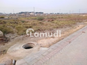 Stunning 1350  Square Feet Residential Plot In New Hala - Mirpurkhas Road Link Available