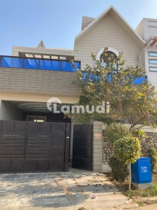 A Palatial House For Sale In New Defence Dera Ghazi Khan