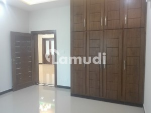 2800 Square Feet Spacious House Available In Media Town For Rent