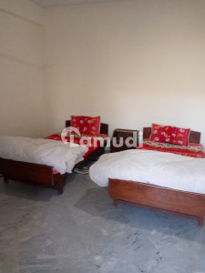 Room For Rent Express Way Murree Near Goloria Jeans Coffee Shop