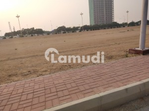 Plot  For In Precinct 32 At Lowest Price