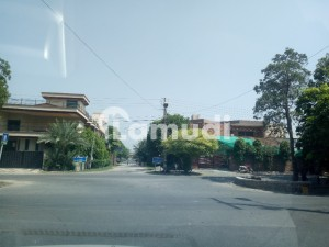 Best Corner Semi Commercial 80 Feet Road Plot Location Very Near From Market Mosque And Main Road Plot For Sale
