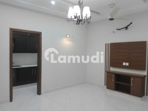 Buy A 4.5 Marla Flat For Rent In Formanites Housing Scheme