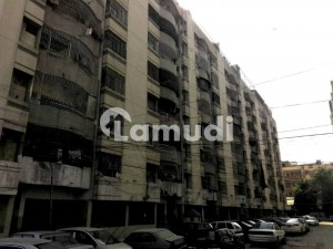 Flat Available For Sale In Gulshan-e-Iqbal Town