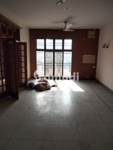 Single Storey House For Rent 1.kanal In Airline