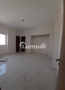 3 Bedrooms Apartment Available For Rent