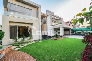 Modern Design 2 Kanal Hot Location Solid Owner Build Bungalow For Sale