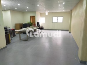 Office Of 1000  Square Feet Available In Garden Town