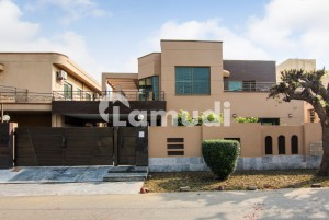 Top Location One Kanal Bungalow For Rent In Dha Phase 3