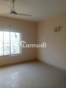 950  Square Feet Flat In Dha Defence For Sale
