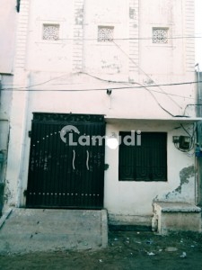 675  Square Feet House In Colony No 3 For Sale