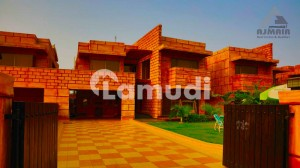 1 Kanal Plot With Main Boulevard Paid For Sale